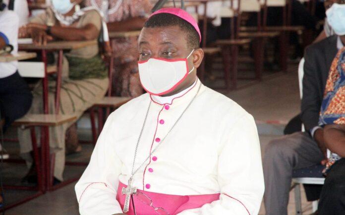 Mgr Nicodème Barrigah-Benissan, archevêque de Lomé/Charles Ayetan